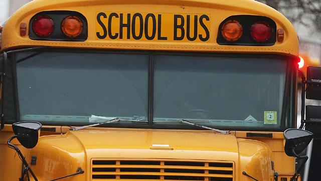 School20bus.jpg_39440316_ver1.0