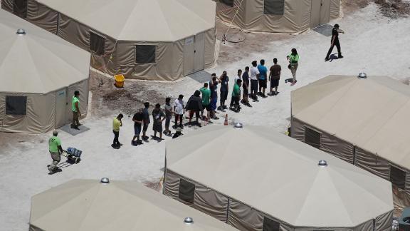 201021225906-kids-immigration-us-live-video-3